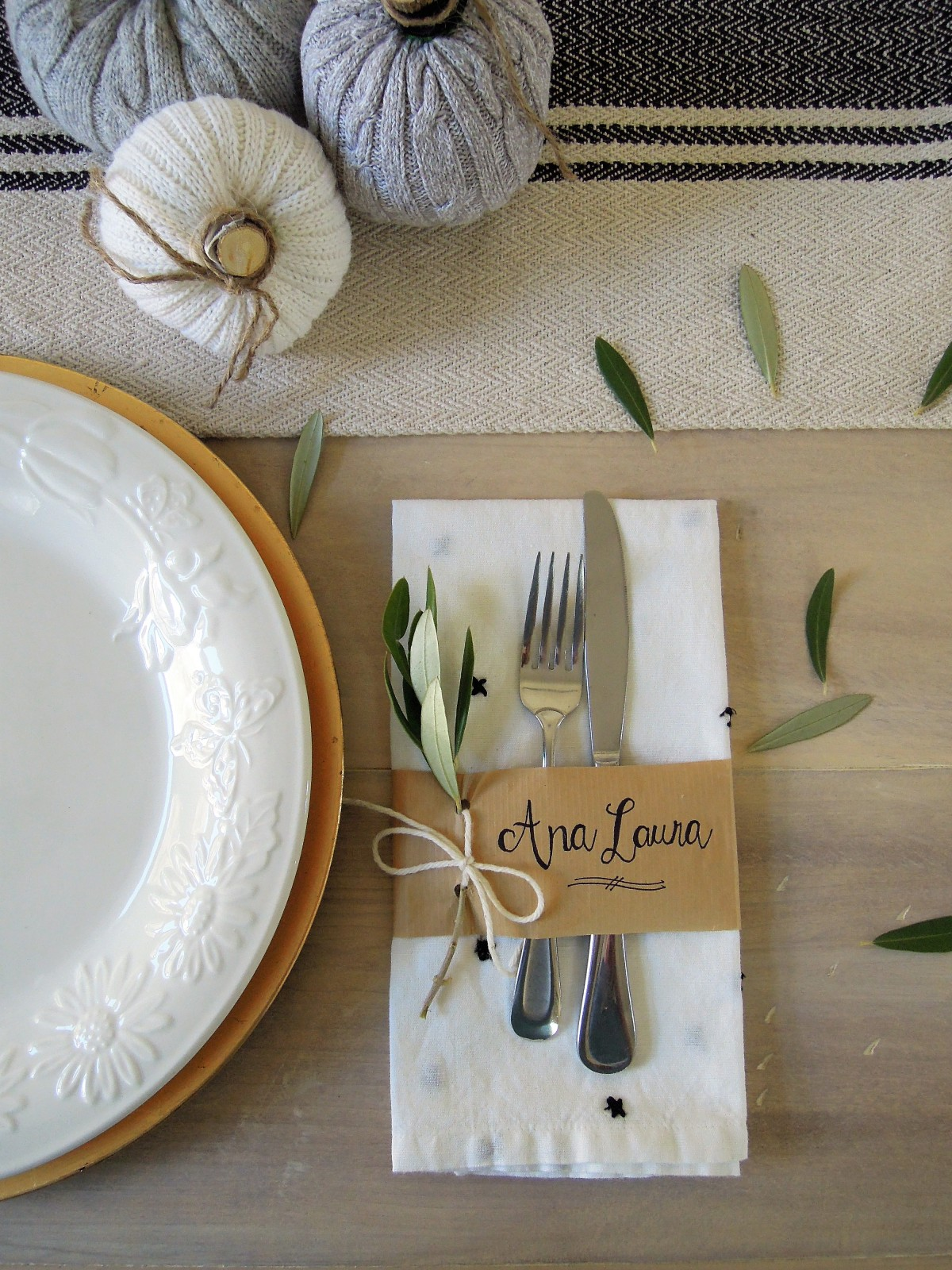 Paper napkin ring idea