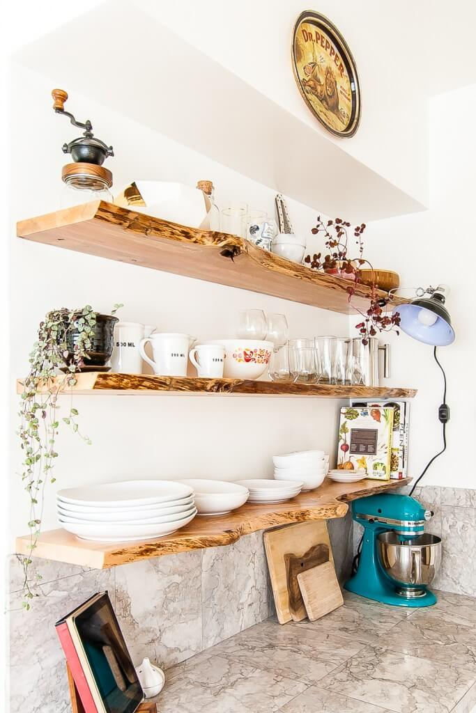 09-open-kitchen-shelf-ideas-homebnc